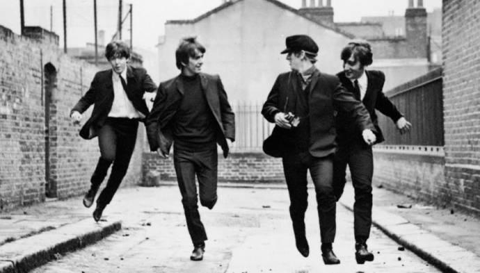 Paul McCartney (Paul), George Harrison (George), John Lennon (John) en Ringo Starr (Ringo)
