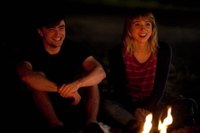 Daniel Radcliffe (Wallace) en Zoe Kazan (Chantry)