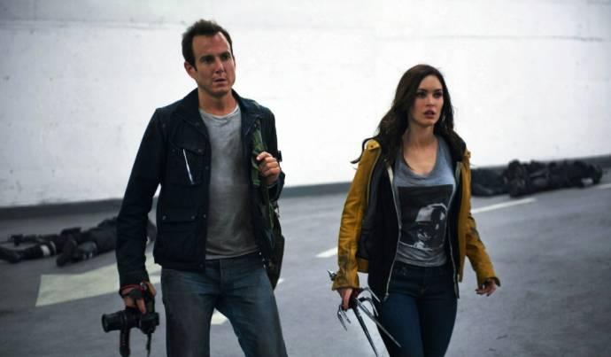 Will Arnett (Vernon Fenwick) en Megan Fox (April O'Neil)