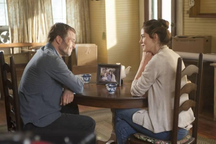 James Marsden (Dawson Cole) en Michelle Monaghan (Amanda Collier)