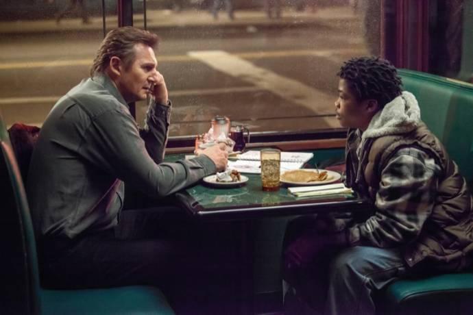 Liam Neeson (Matt Scudder) en Astro (TJ)