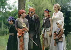 Johnny Depp e.a. in Finding Neverland