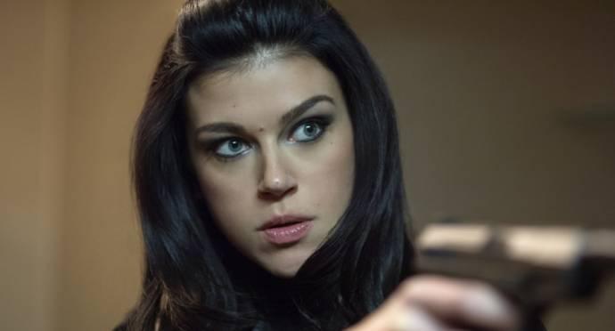 Adrianne Palicki (Jenny)