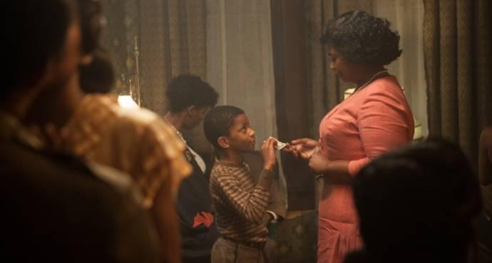 Octavia Spencer (Aunt Honey)