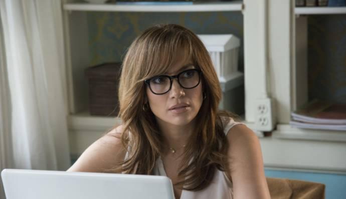 Jennifer Lopez (Claire Peterson)