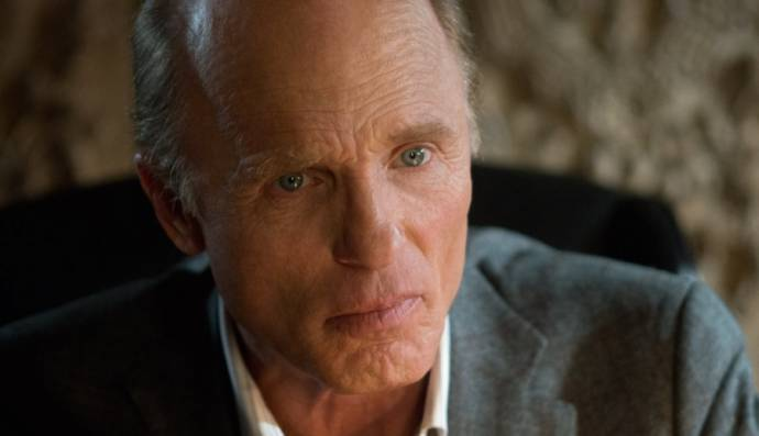 Ed Harris (Shawn Maguire)