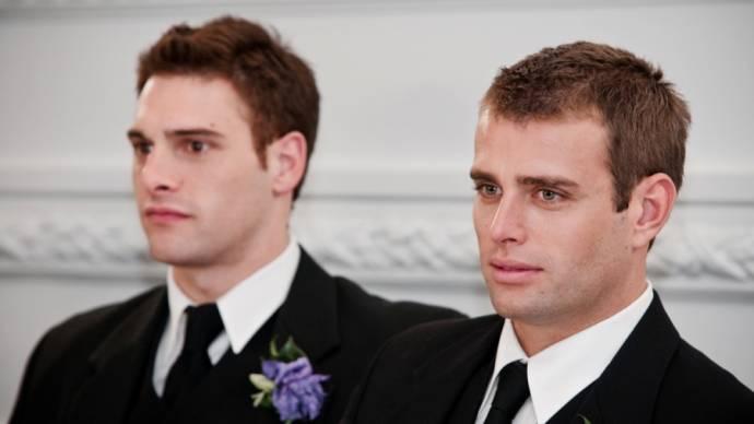 Nicholas Gunn (Alex Thomson) en Graeme Squires (Steven Evans)