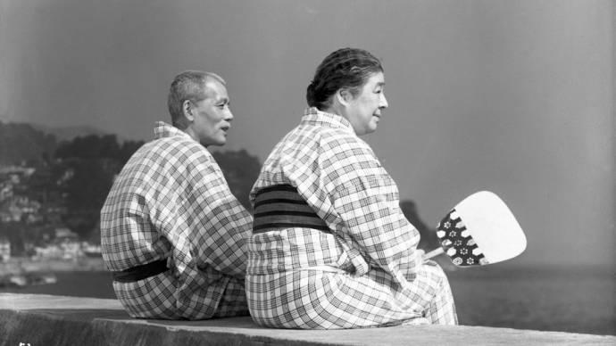 Chieko Higashiyama (Tomi Hirayama) en Chishu Ryu (Shukishi Hirayama)