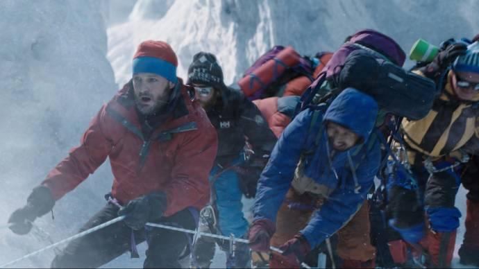 Josh Brolin (Beck Weathers), Jason Clarke (Rob Hall), Jake Gyllenhaal (Scott Fischer) en John Hawkes (Doug Hansen)