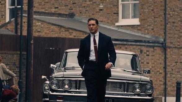 Tom Hardy (Ronald Kray / Reggie Kray)