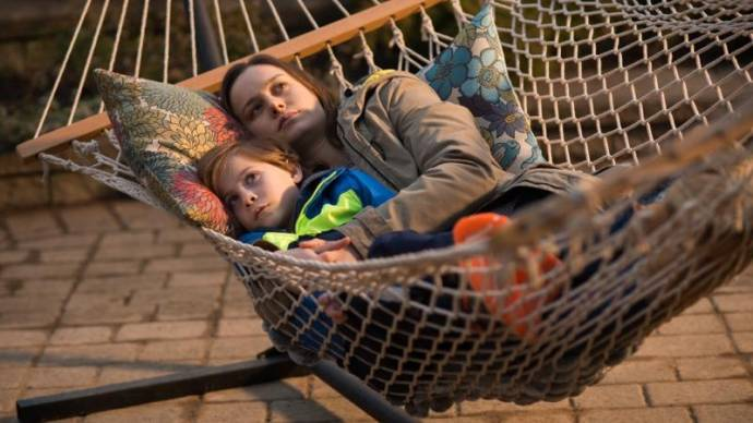 Jacob Tremblay (Jack) en Brie Larson (Ma)