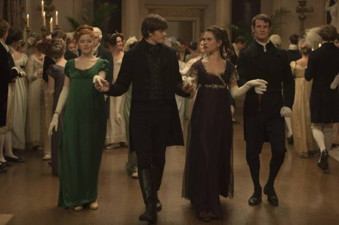 Bella Heathcote (Jane Bennet), Sam Riley (Mr. Darcy), Lily James (Elizabeth Bennet) en Matt Smith (Mr. Collins)