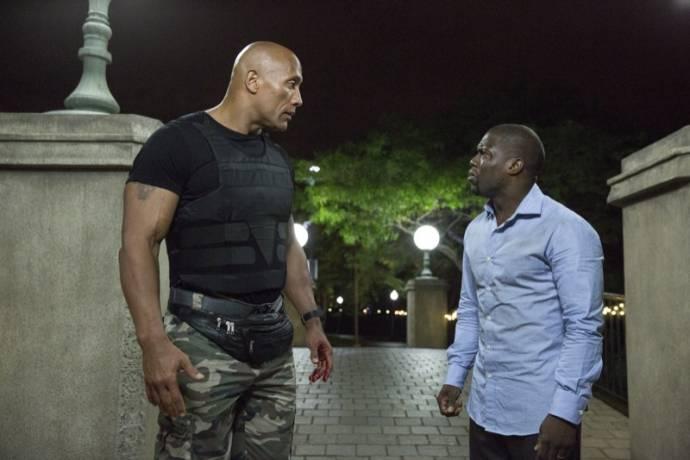 Dwayne Johnson (Bob) en Kevin Hart