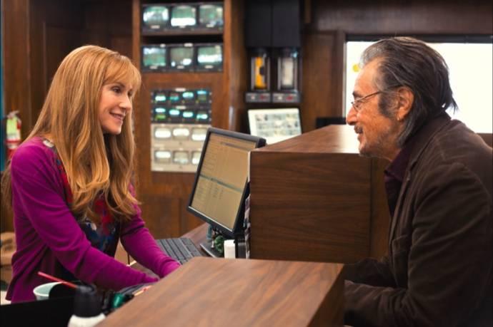 Holly Hunter (Dawn) en Al Pacino (A.J. Manglehorn)
