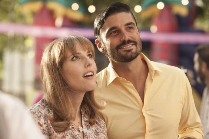 Natalia de Molina (Natalia) en Luis Callejo (Antonio)
