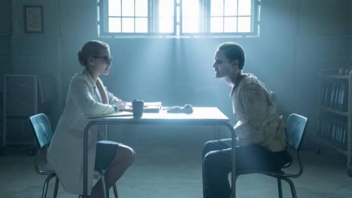Margot Robbie (Dr. Harleen F. Quinzel / Harley Quinn) en Jared Leto (The Joker)