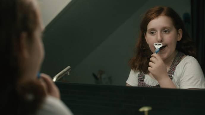 Amy Diamond (Katja (as Amy Deasismont))