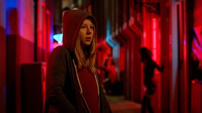 Charlotte Beaumont (Jennifer)