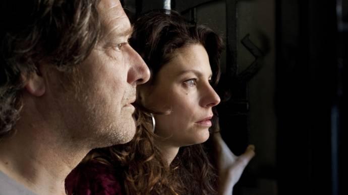 Pierre Bokma (Adri) en Rifka Lodeizen (Mirjam)