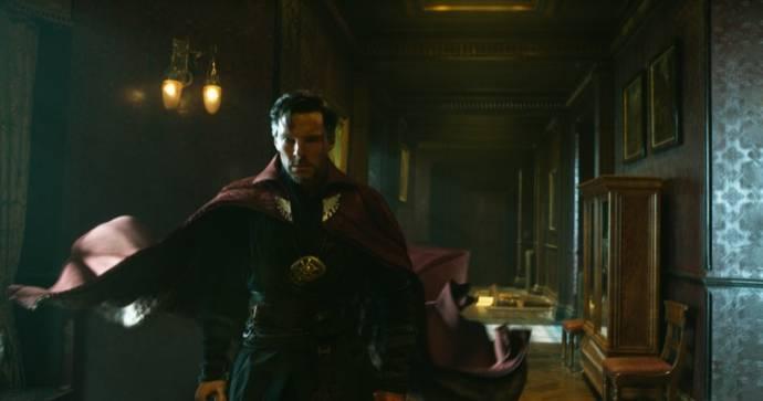 Benedict Cumberbatch (Dr. Stephen Strange)