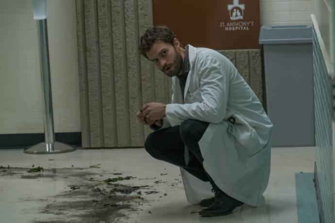 Jamie Dornan (Dr. Allan Pascal)