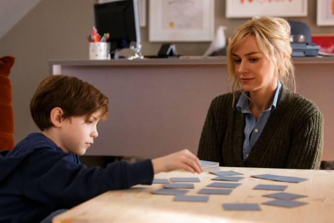Jacob Tremblay (Tom) en Naomi Watts (Mary Portman)