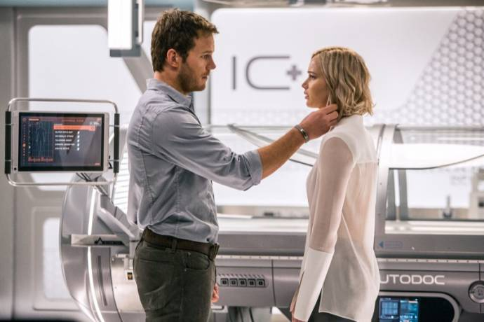 Chris Pratt (Jim Preston) en Jennifer Lawrence (Aurora)