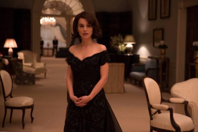 Natalie Portman (Jacqueline Kennedy)