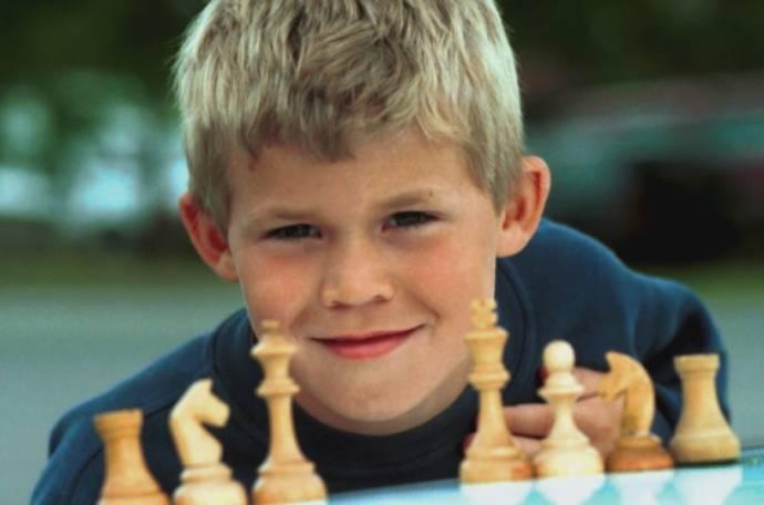Magnus Carlsen (Zichzelf)