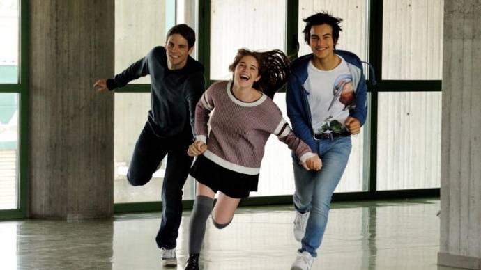 Leonardo Pazzagli (Antonio), Valentina Romani (Blu) en Rimau Ritzberger Grillo (Lorenzo)