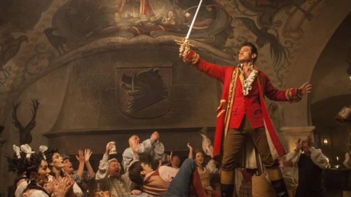 Luke Evans (Gaston)