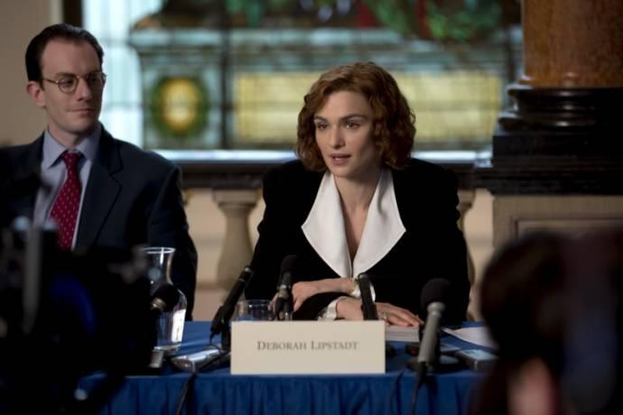 Mark Gatiss (Professor Robert Jan van der Pelt) en Rachel Weisz (Deborah Lipstadt)