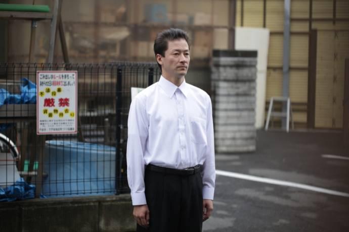 Tadanobu Asano (Yasaka) in Harmonium
