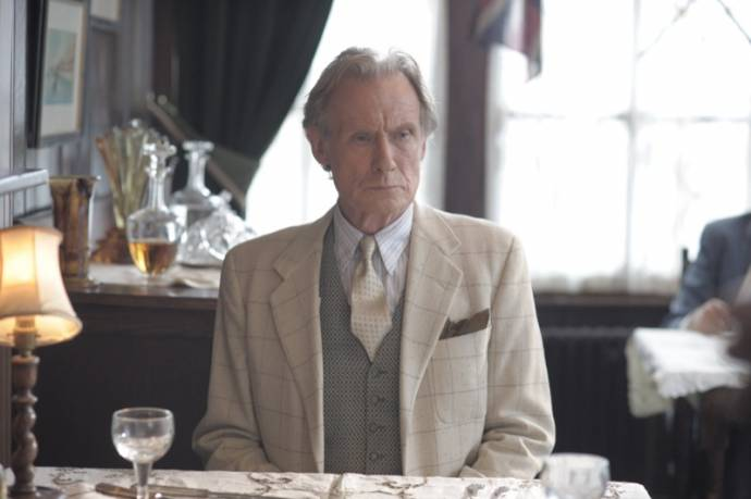 Bill Nighy (Ambrose Hilliard / Uncle Frank)