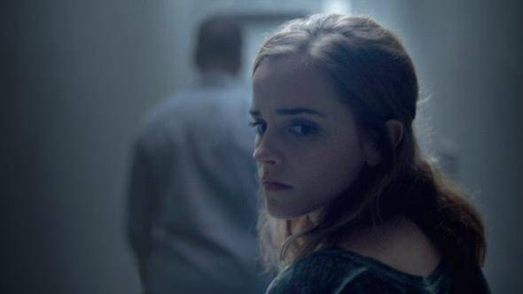 Emma Watson (Mae Holland)