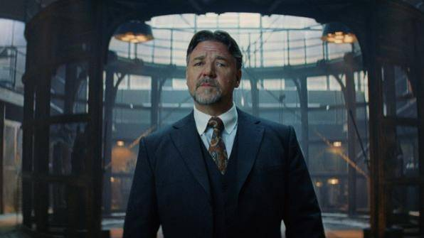 Russell Crowe (Dr. Henry Jekyll)