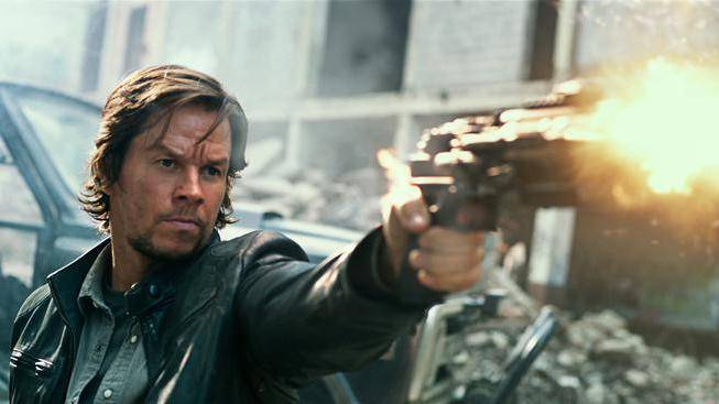 Mark Wahlberg (Cade Yeager)