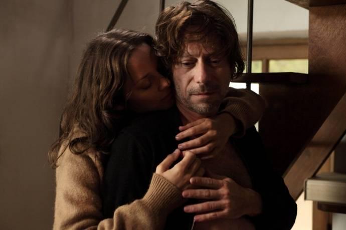 Marion Cotillard (Carlotta) en Mathieu Amalric (Ismael Vuillard)