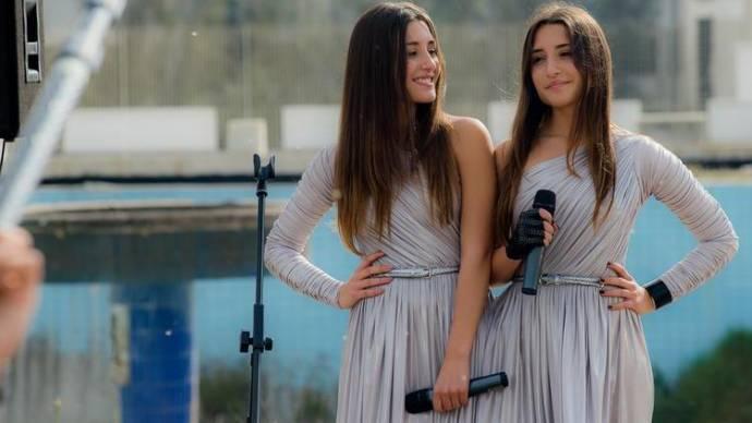 Angela Fontana (Daisy) en Marianna Fontana (Viola) in Indivisibili