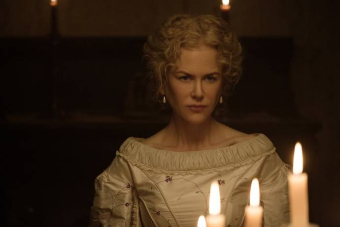 Nicole Kidman (Miss Martha)