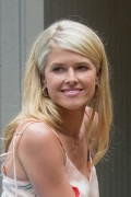 Sarah Wright in American Made