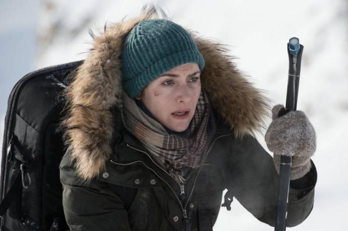 Kate Winslet (Ashley Knox)