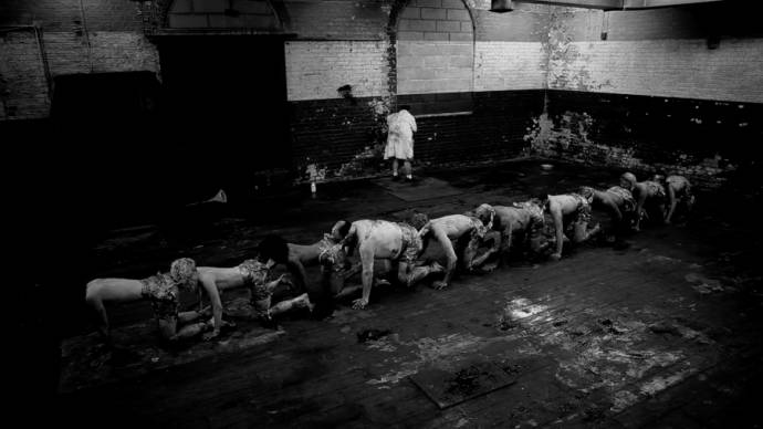Still uit The Human Centipede 2: The Human Centipede II (Full Sequence) (2011)