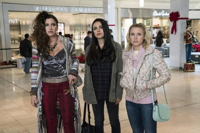 Kathryn Hahn (Carla), Mila Kunis (Amy) en Kristen Bell (Kiki)
