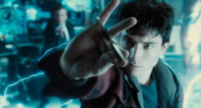 Ezra Miller (Barry Allen / The Flash)