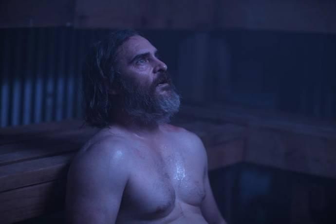 Joaquin Phoenix (Joe)