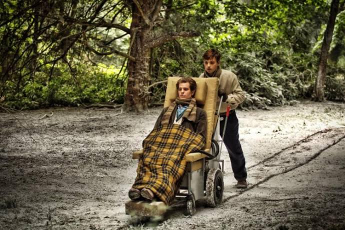 Andrew Garfield (Robin Cavendish)