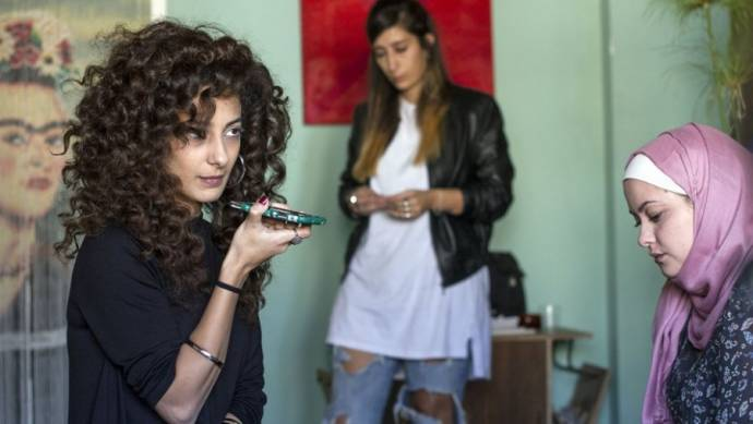 Mouna Hawa (Leila Bakhr), Shaden Kanboura (Noor) en Sana Jammelieh (Salma)