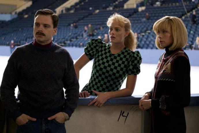 Sebastian Stan (Jeff Gillooly), Margot Robbie (Tonya Harding) en Julianne Nicholson (Diane Rawlinson) in I, Tonya