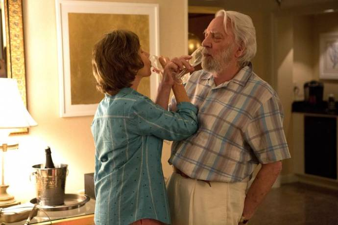 Helen Mirren (Ella) en Donald Sutherland (John)